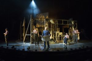 l-r DOMINIC TIGHE (Robert), ANDREW BUCKLEY (Walter) , RORY KINNEAR (Macheath), JAMIE BEDDARD (Matthias), HAMMED ANIMASHAU N (Jimmy)